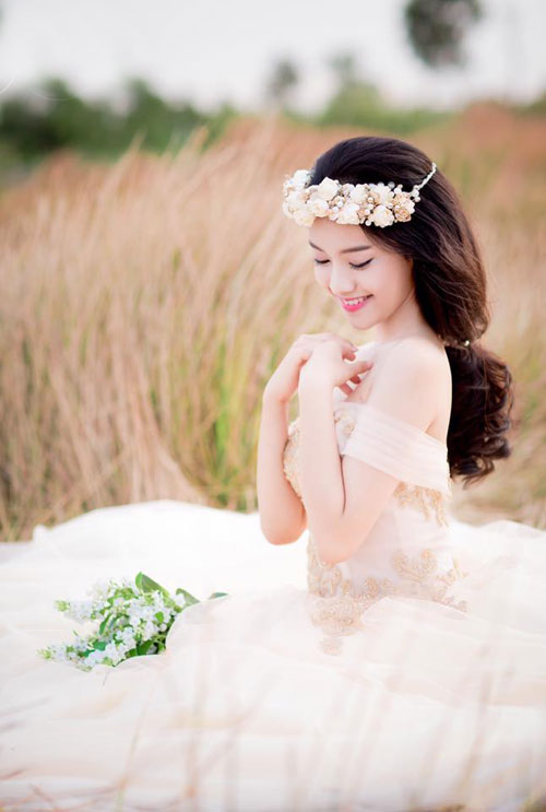 tron bo anh cuoi khoe vong 1 goi cam cua thuy vi hinh anh 9