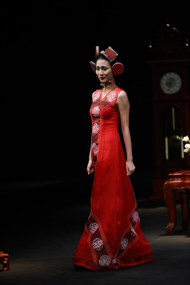 thoi gian lang dong tai dem dien haute couture vfw hinh anh 6