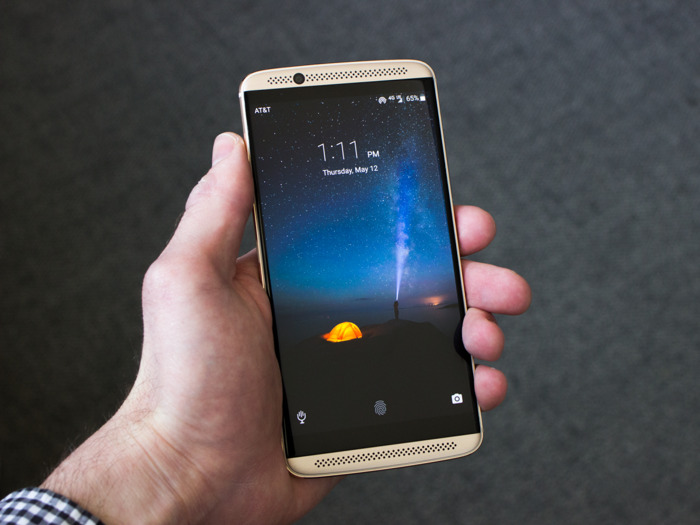 top 20 smartphone tot nhat the gioi (p2) hinh anh 5