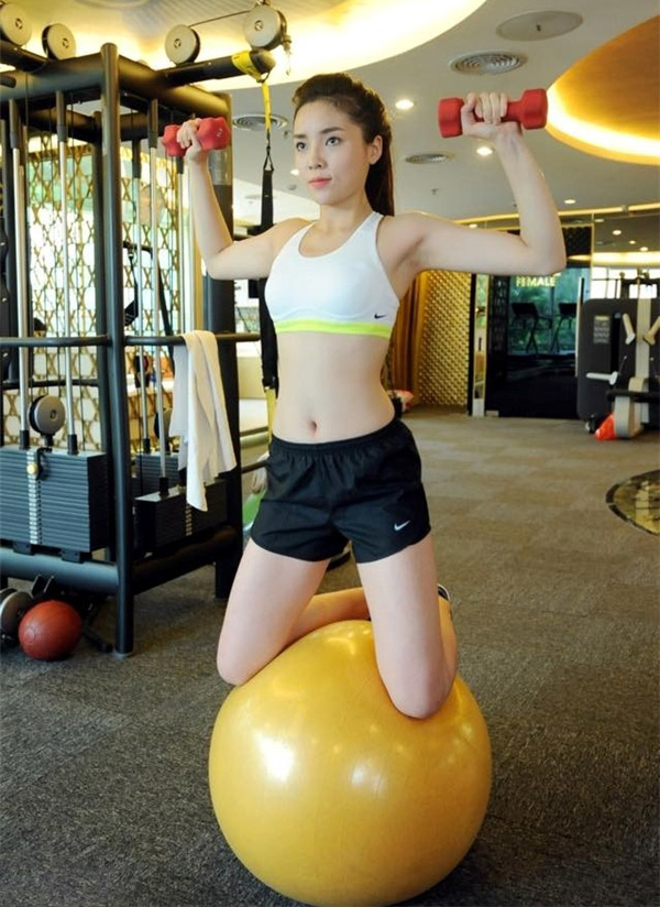 ky duyen goi cam, nuot na tap gym khien fan me met hinh anh 4