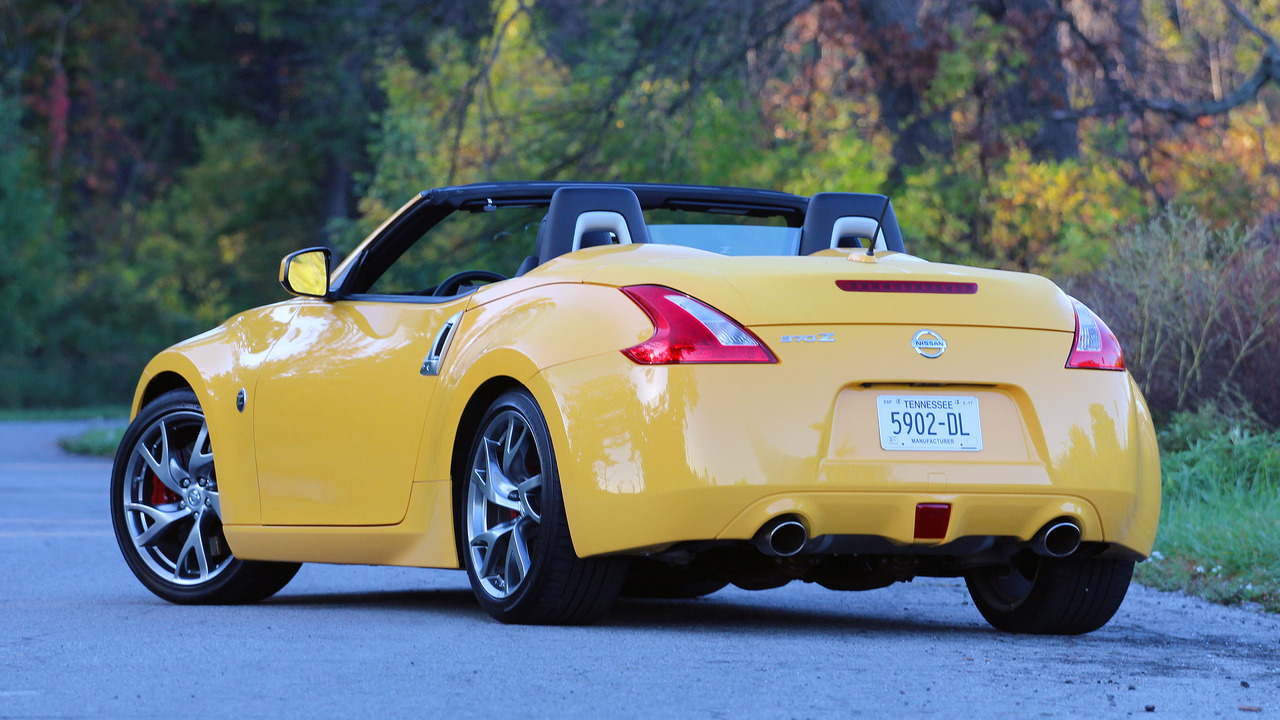 danh gia xe nissan 370z roadster 2017 hinh anh 4