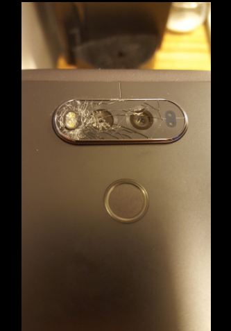 lg v20 gap su co, kinh bao ve may anh sau de vo hinh anh 2