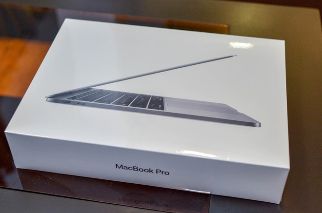 can canh macbook pro 2016 gia 36 trieu dong hinh anh 1