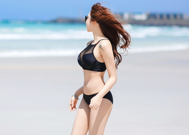 Jo Min Young in Bikini Showing Sexy Body