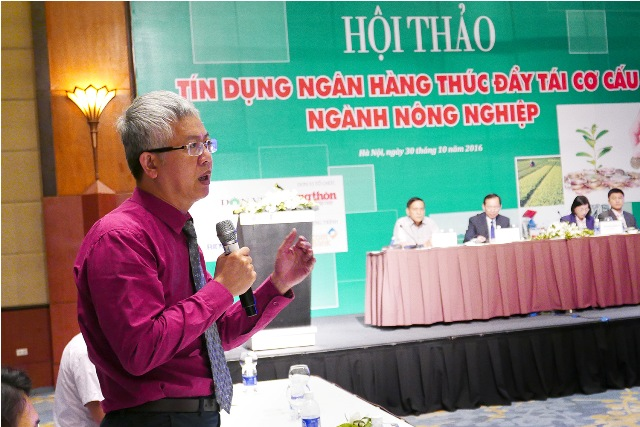 "chum anh: toan canh hoi thao ""tin dung ngan hang thuc day tai co cau nghanh nong nghiep"" hinh anh 11"