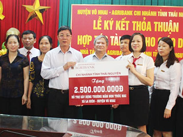agribank uu tien nguon von thuc day nong thon moi hinh anh 1