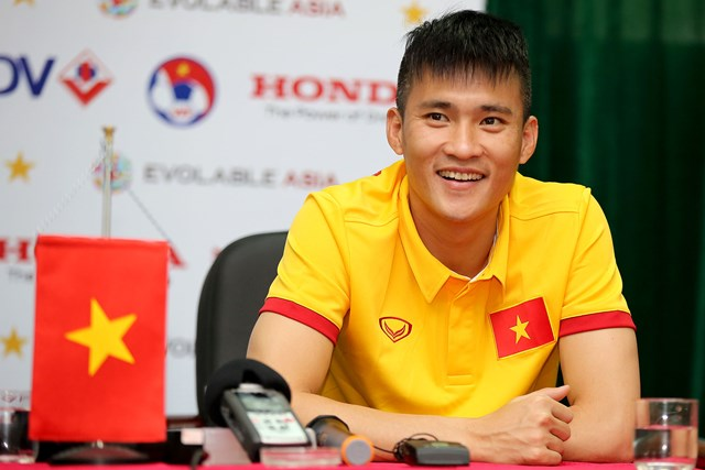 """hoc theo"" pele, cong vinh doan thai lan vo dich aff cup hinh anh 1"