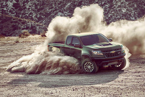 2017 chevrolet colorado zr2 xuat hien, doa nat ford f-150 raptor hinh anh 1