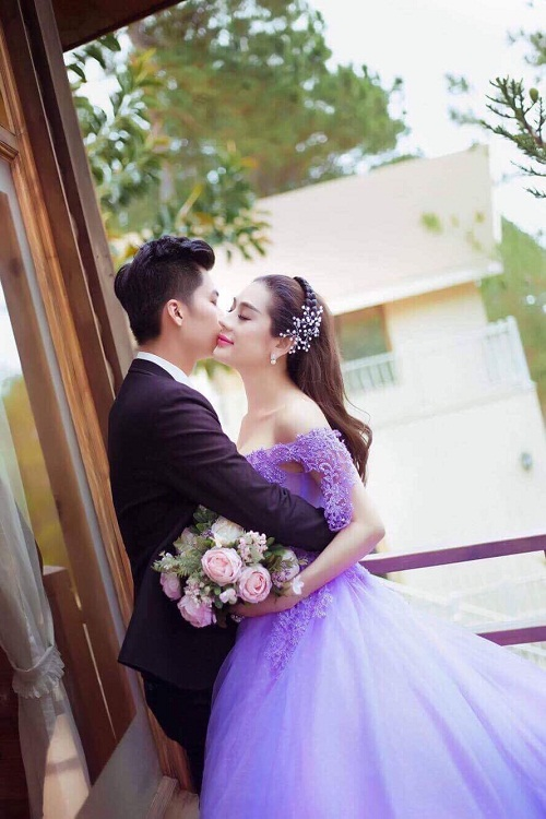 lam chi khanh khoe kheo anh cuoi voi ban trai dai gia hay tro pr? hinh anh 2