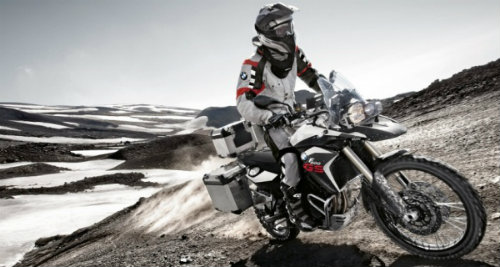 bmw f800gs adventure va yamaha fj-09: ai do van ai? hinh anh 5