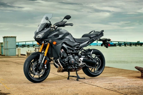 bmw f800gs adventure va yamaha fj-09: ai do van ai? hinh anh 2