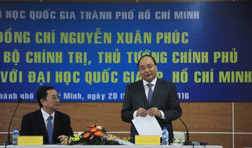 thu tuong nguyen xuan phuc tri an cac thay, co giao ca nuoc hinh anh 4