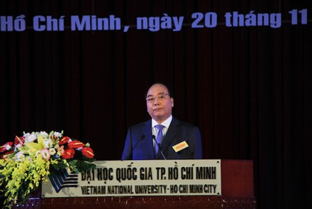 thu tuong nguyen xuan phuc tri an cac thay, co giao ca nuoc hinh anh 1