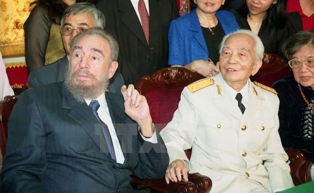 hinh anh fidel castro voi cac lanh dao viet nam hinh anh 4
