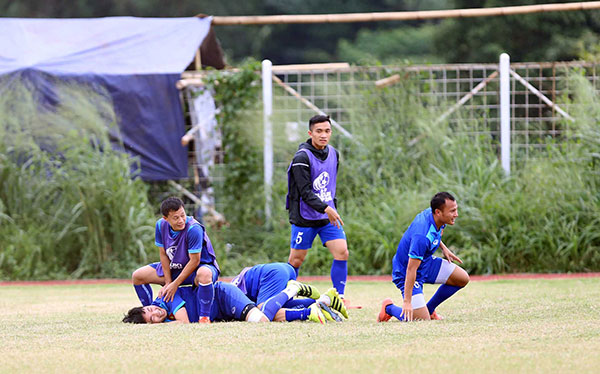 cong vinh mac ao in hinh vo dich aff cup 2008 hinh anh 4