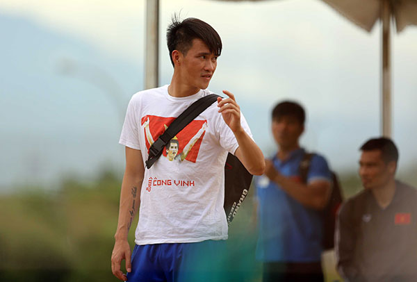 cong vinh mac ao in hinh vo dich aff cup 2008 hinh anh 8