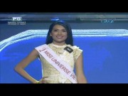 Le Hang catwalk lan at 10 my nu quoc te thi Miss Universe
