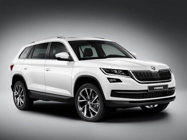 skoda kodiaq gia 1,1 ty dong canh tranh toyota fortuner hinh anh 1