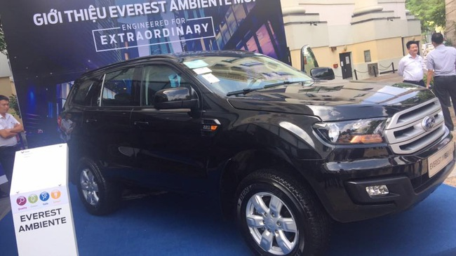 ford everest sap them ban so san o viet nam, gia duoi 1 ty hinh anh 1