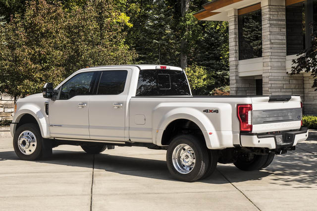 ban tai cao cap ford f-450 limited co gia 2 ty dong hinh anh 4