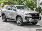 o to - Xe may - Toyota Fortuner 2017 co gia tu 915 trieu dong