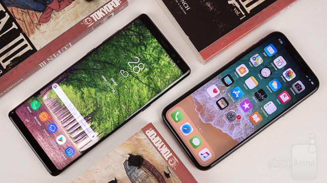 "so sanh iphone x voi galaxy note 8: ""cuoc cham tran nay lua"" hinh anh 1"