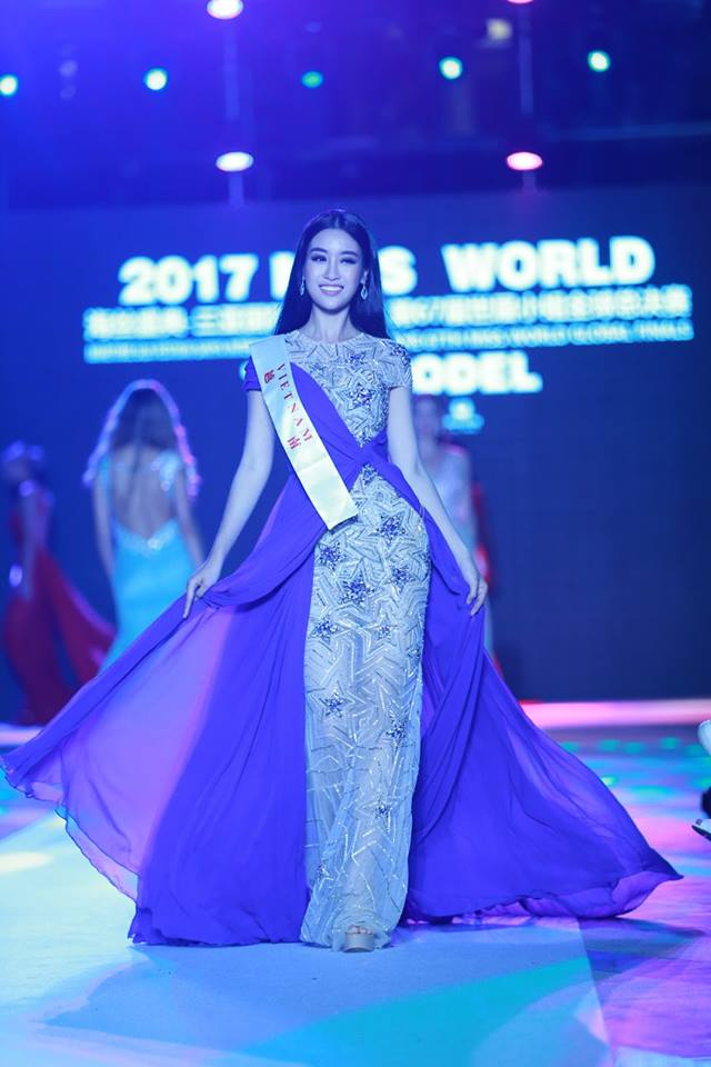 hh ky duyen xuc dong nhan gui hh do my linh truoc gio g miss world hinh anh 6
