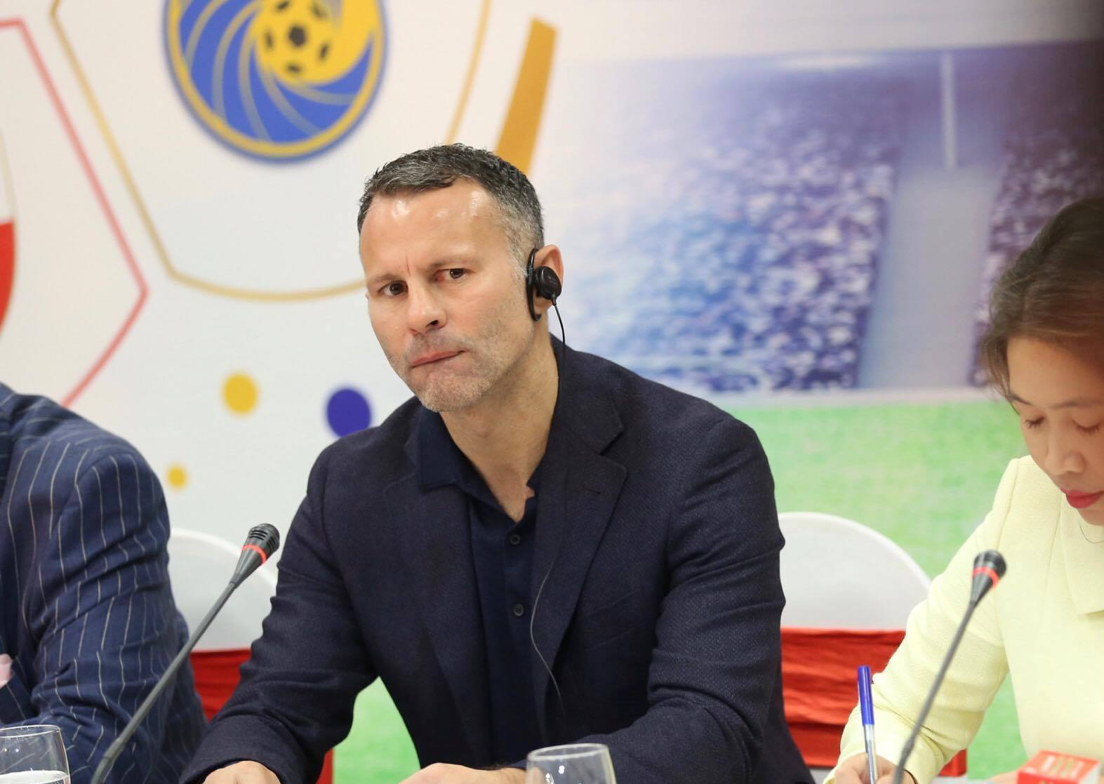 "ryan giggs: ""dt viet nam co the du world cup 2030"" hinh anh 1"
