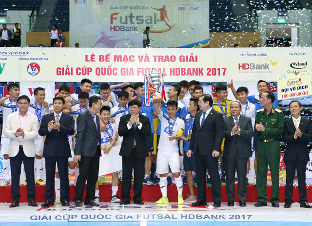 "futsal viet nam ""chot so"" nam 2017: cat canh uoc mo! hinh anh 2"