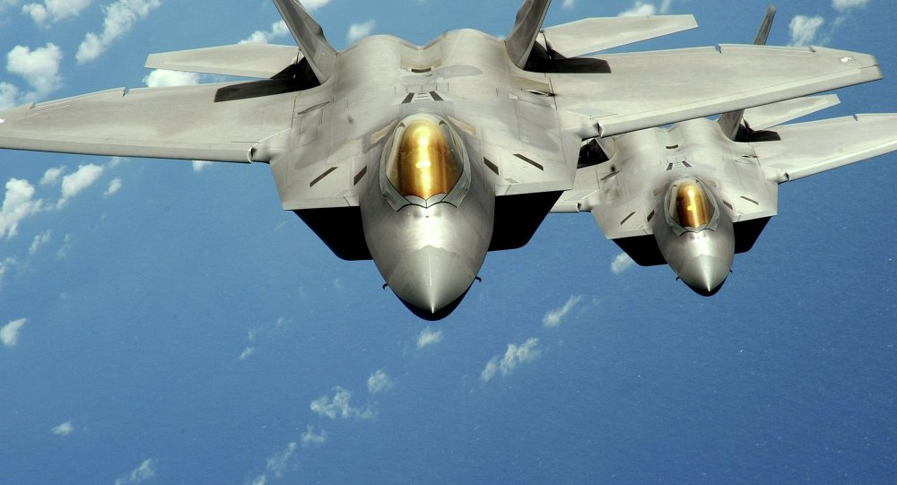 """""""rong lua"""" s-300 nga o syria """"tat dien"""" truoc """"chim an thit"""" f-22 my? hinh anh 1"""