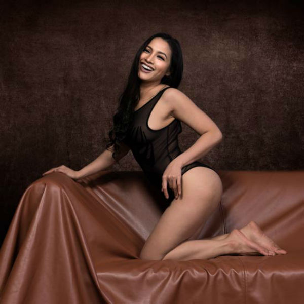 """my nhan """"nude de thien"""": toi may man duoc nguoi yeu ung ho chup anh nude hinh anh 2"""