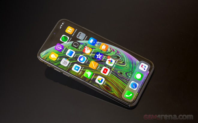 doanh so iphone xs e am, tim cook than chinh sang trung quoc hinh anh 2