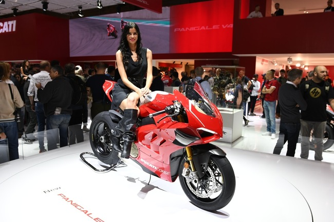 choang ngop 2019 ducati panigale v4r gia tien ty tai eicma 2018 hinh anh 11