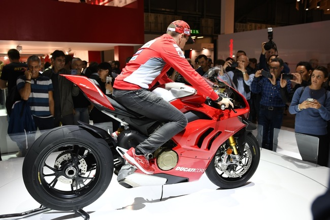 choang ngop 2019 ducati panigale v4r gia tien ty tai eicma 2018 hinh anh 17