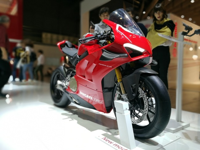 choang ngop 2019 ducati panigale v4r gia tien ty tai eicma 2018 hinh anh 2