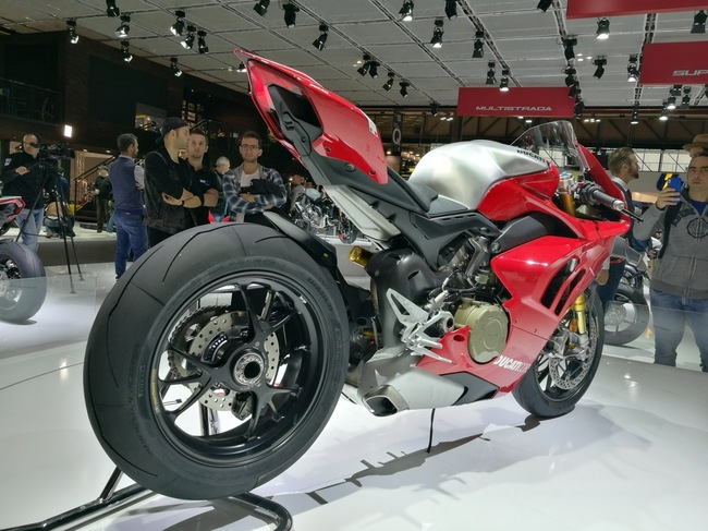 choang ngop 2019 ducati panigale v4r gia tien ty tai eicma 2018 hinh anh 7