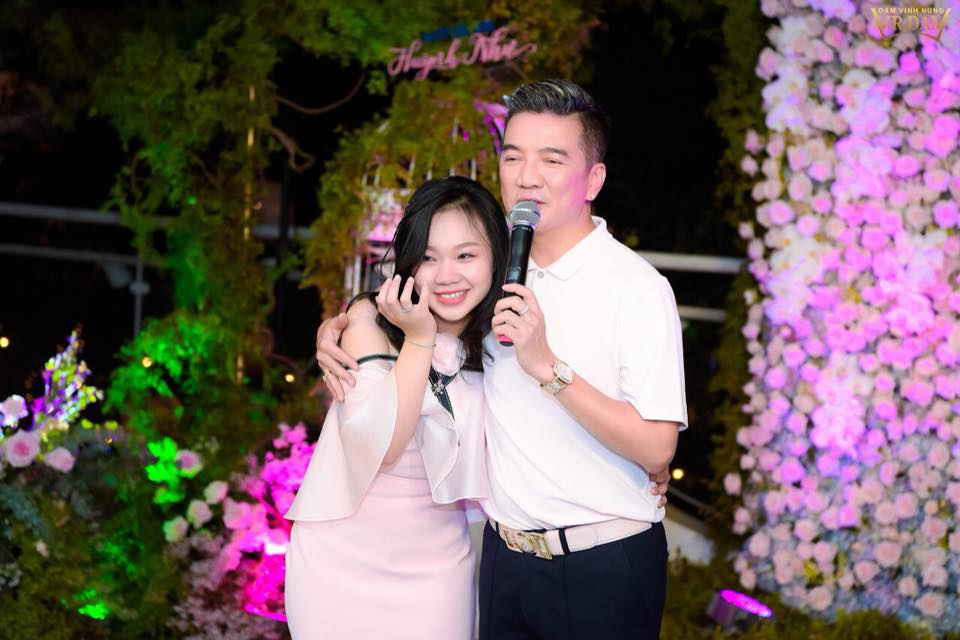 24h hot: than the con gai nuoi 18 tuoi duoc mr. dam lam sinh nhat hoanh trang hinh anh 2