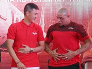 Video - anh - anh: Danh thu Roberto Carlos so bung voi Cong Vinh tai My dinh