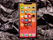 "6 dieu khien iPhone XS Max tro thanh ""dinh cao cua moi dinh cao"""