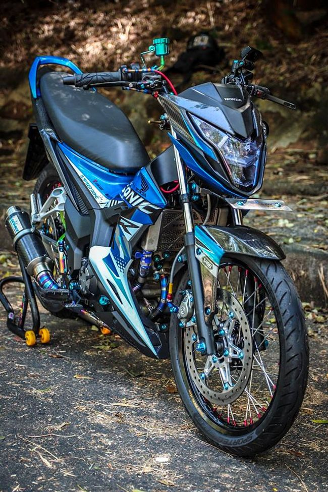 "can canh honda sonic do gia hon 100 trieu dong, khien exciter ""choang"" hinh anh 19"