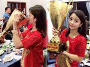 Hot girl lang hai khoe anh hon  & quot;Cup vang AFF 2018 & quot;: Su that nga ngua