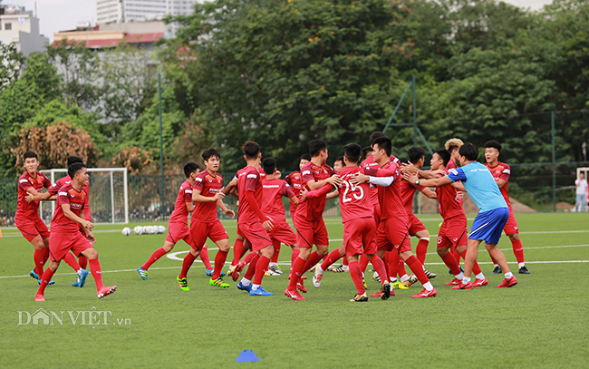 """""""dt viet nam se gianh chien thang 2-0 truoc dt malaysia"""" hinh anh 1"""