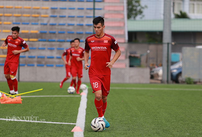 """""""dt viet nam se gianh chien thang 2-0 truoc dt malaysia"""" hinh anh 8"""