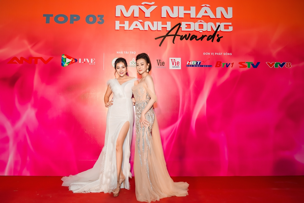 """truong ngoc anh, duong thuy linh khoe sac tren tham do """"my nhan hanh dong"""" hinh anh 4"""