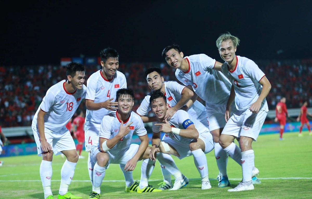 ha indonesia, dt viet nam thang tien the nao o vong loai world cup 2022? hinh anh 1