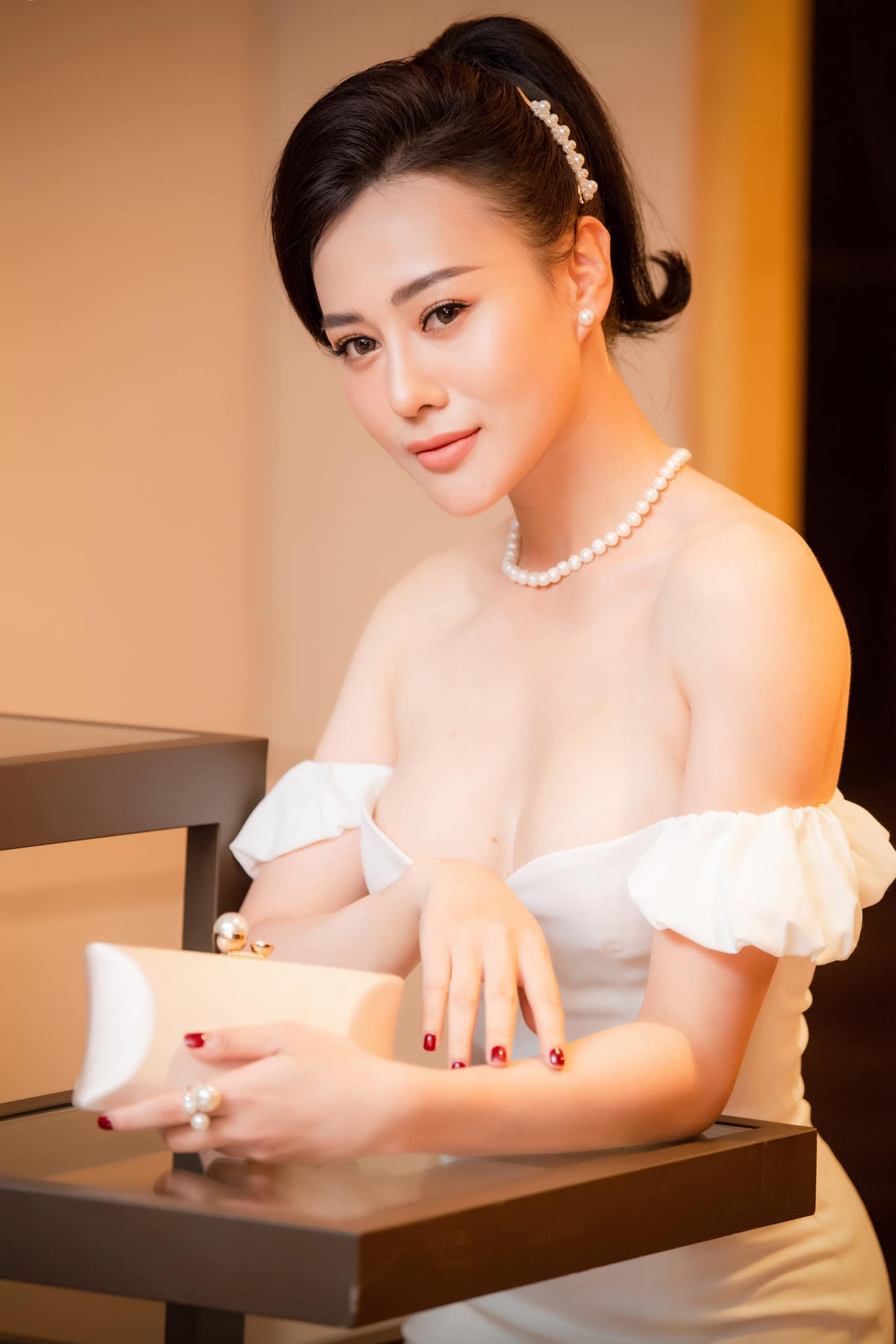 """""""quynh bup be"""" voi phong cach hung ho buong cuc hinh anh 7"""