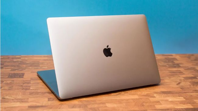 can canh macbook pro 16 inch voi man hinh retina lon nhat hinh anh 3