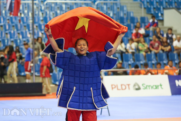 """chum anh: viet nam lap """"hat-trick vang"""" o mon quoc vo philippines hinh anh 4"""