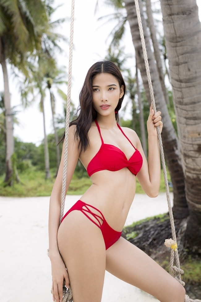 nguoi nhen u23vn bui tien dung cung phai choang voi 4 my nhan cung que hinh anh 24