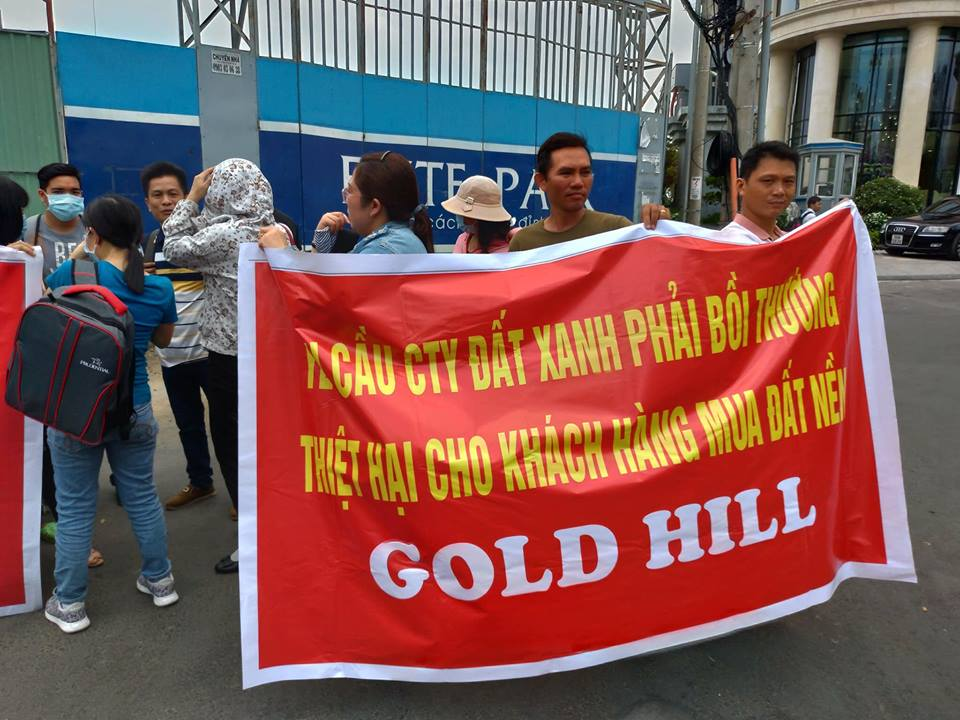 khach hang keo den tru so dat xanh group doi so do du an gold hill hinh anh 2